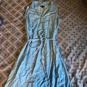 Allison Brittany collar sleeveless denim dress